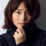 石田ゆり子が実際の年齢には見えないと話題に!結婚しない理由とは?